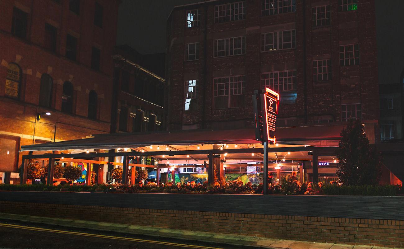Dive Bar & Grill Manchester